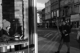 hyperlinks to gallery of street photography